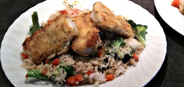 Steinbit med stekt ris og sursøt saus