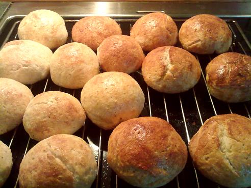 Nystekte glutenfrie og melkefrie boller