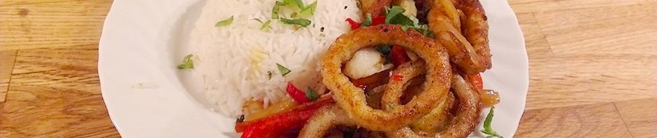 Thaiwok med blekksprut og svartrot