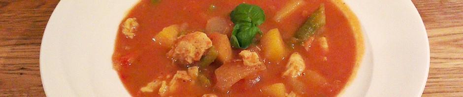 Kyllingsuppe med eple og karri